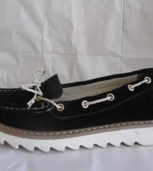 Kozne  cipele  kao nove 37/23,5