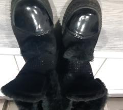 Zimske cizme 39