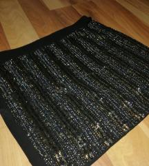 Stradivarius crna suknja sa perlicama NOVA