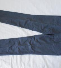 HUGO BOSS nove sive pantalone od tanane vune L