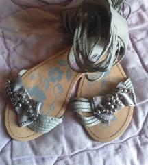 Kozne Sandale -snizene na 1300