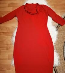 Crvena bodikon haljina