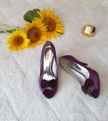 Lila cipele