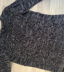 Dva džempera 800 dinara