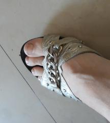 Papuce kozne 37 nove srebrne danas 1000