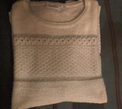 Džemper sa srebrnom straftom