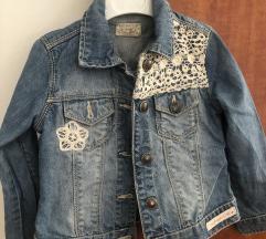 Prelepa jaknica za devojcice