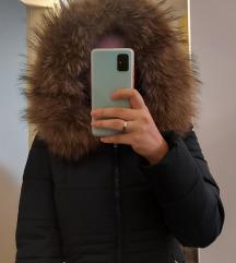 Zelena zimska jakna sa prirodnim krznom