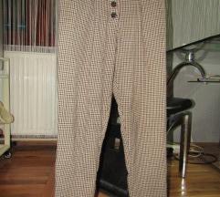 Primark karirane pantalone