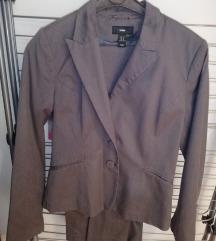 H&M odelo sako i pantalone vel 38