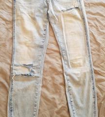 Svetle teksas pantalone