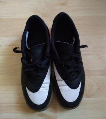 Nike patike za fudbal snizeno