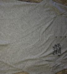 Dve bluze plus farmerke