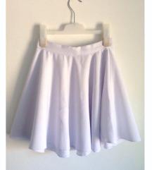 Sivena bela suknjica