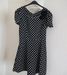 Nova crna tufnasta haljina S ili M