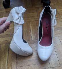 Krem bez bele cipele salone na stiklu br 38