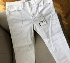 Zara novo farmerke 38