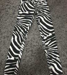 Zebraste H&M pantalone