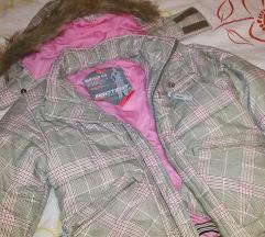 Zimska jakna vrh snizenjeee  M