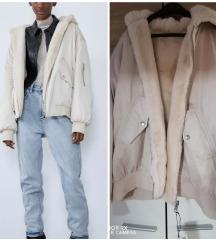 Zara jakna sa dva lica( teddy - bomber) Novo