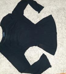 C&A crna majica sa prozirnim rukavima