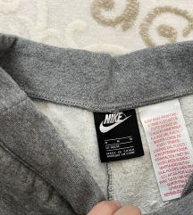 Nike donji deo