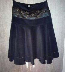 Crna somot suknja