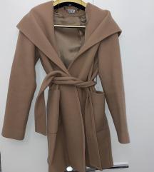 Mona krem kaput