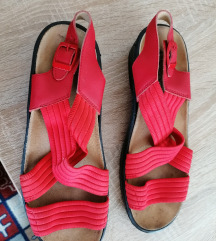 Zenske anatmske sandale 39