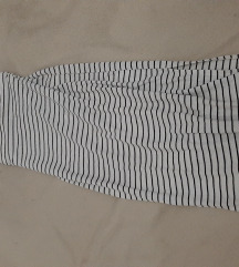Komplet top i suknja na strafte