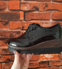 Cipele br.36