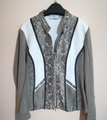 Interesantna jaknica - sako