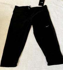 Nike 3/4 helanke - NOVE sa etiketom