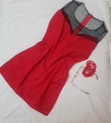 * Crvena mini haljina *
