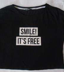 sada 400 Terranova crna crop top majica