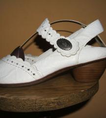 Kožne bele Rieker cipele sandalete  Kao nove