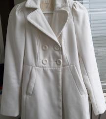 Beli kaput stadivarijus rasprodaja