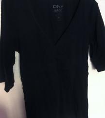 ONLY crna majica sa V izrezom