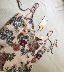 Prelepa cvetna haljina