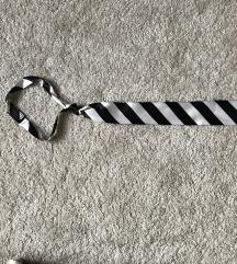 Zenska kravata