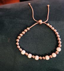 Narukvica hiruski čelik - bele perle