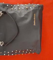 Crna torba sa nitnama