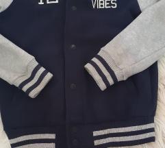 Decija jaknica 128 vel akcija 450