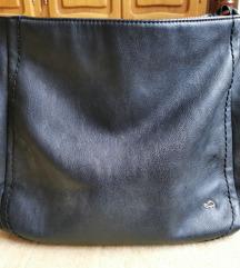 Carpisa crna torba