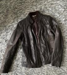 Kožna jakna u braon boji