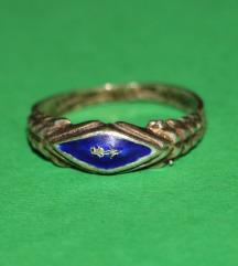 VINTAGE srebrni prsten violinista na plavom