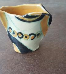 Mala sarena keramicka vaza rucni rad