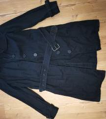 Crni mantil