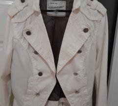 Divna bela jakna