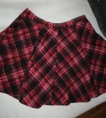 Karirana suknja nova